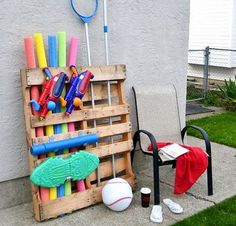 Pretty and practical poolside pallet projects - Funky Junk Interiors Pool Float Storage, Pool Toy Storage, Backyard Storage, Outdoor Storage, Outdoor Toys, Attic Storage, Pallet Storage, Kayak Storage, Garage Storage