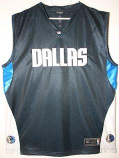 Champion NBA Basketball Dallas Mavericks Teamshirt/Tanktop Trikot/Jersey Size 44 - Größe L - 69,90€ #nba #basketball #trikot #jersey #ebay #etsy #hood #sport #fitness #fanartikel #merchandise #usa #america #fashion #mode #collectable #memorabilia #allbigeverything