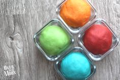 Stay Soft Playdough will provide your kids hours of fun! Plus, it is SUPER easy to make! Great recipe! Double for 16 kids.