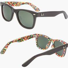 a6daf7e8933 Amazon.com  2012 RAY BAN WAYFARER RARE PRINTS SHAPES Sunglasses - RB2140  1020 (
