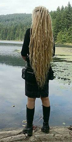 Honestly, any hair that is longer than mainstream pretty much qualifies as neo-Victorian.  In this case it's dreads.