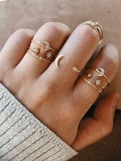 Beautiful Jewelry Necklace Abigail Moon & Stars Ring love these as stacker rings. Beautiful Jewelry Necklace Abigail Moon & Stars Ring love these as stacker rings. Dainty Jewelry, Cute Jewelry, Boho Jewelry, Jewelry Rings, Jewelery, Jewelry Accessories, Women Jewelry, Jewelry Design, Fashion Jewelry