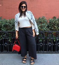 Pin for Later: 19 Easy Summer Outfits You Already Have in Your Wardrobe Culottes and Flats Curvy Girl Fashion, Plus Size Fashion, Plus Size Inspiration, Style Inspiration, Simple Summer Outfits, Flats Outfit, Plus Size Summer, City Chic, Plus Size Outfits