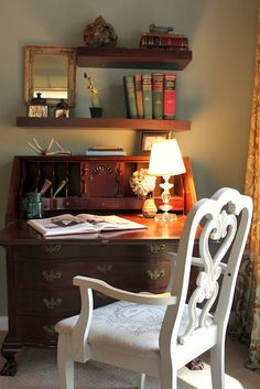 antique secretary desk, just like mine,never thought to display open!