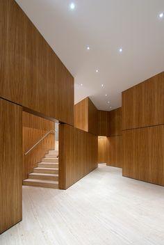 Wood and travertine. Nice.
