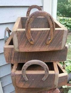 Boxes with horshoe handkes