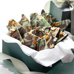 Delicious Magic Mint Chocolate Bark