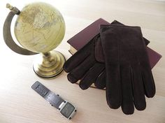 Men Velour Cow-hide leather gloves Classic design Made in