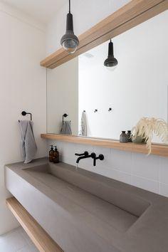 Gorgeous Powder Bath in Neskape Beach House, Oregon. Bathroom Design Inspiration, Bad Inspiration, Bathroom Interior Design, Concrete Bathroom, Concrete Slab, Bathroom Tubs, Minimalist Bathroom Design, Modern Bathroom, Minimalist Bathroom Inspiration