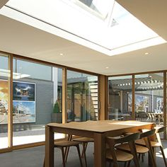 Image gallery showing recessed blinds in windows, gables and skylights. Blinds And Curtains Living Room, Patio Door Blinds, Ceiling Curtains, Patio Doors, Skylight Blinds, Electric Blinds, Modern Blinds, Garage Door Design, Home Decor Kitchen