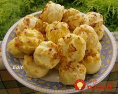 Mini-pagáčiky z kyslej smotany: Nadýchané a mäkučké! Snack Recipes, Cooking Recipes, Snacks, Hungarian Recipes, Hungarian Food, Scones, Ham, Potato Salad, Cauliflower