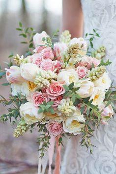 nice 40 Romantic Pink And Green Wedding Ideas http://viscawedding.com/2018/01/21/40-romantic-pink-green-wedding-ideas/