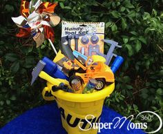Kids Under Construction Easter Basket - Your boys (or girls!) will love this rough & tough Easter basket. Tags: creative easter baskets | easy easter baskets | easter baskets for kids | diy easter baskets | easter baskets | easter baskets for boys | SuperMoms360.com