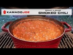 Here's a great smoked chili recipe that starts out by smoking some brisket, onions, and garlic and then finishes in the dutch oven on the Kamado Joe! Chili Recipes, Bbq Baked Beans, Beef Tallow, Kamado Joe, Joe Recipe, Chili Seasoning, No Bean Chili, How To Can Tomatoes