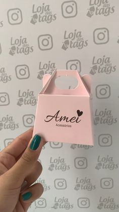 Clothing Packaging, Jewelry Packaging, Palm Beach Decor, Gift Logo, Nail Room, Sweet Box, Nail Polish Bottles, Boutique Interior, Bee Design