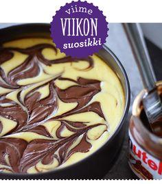 Kukapa ei rakastaisi pähkinäistä ja suklaista Nutella-tahnaa? Lunni leipoo -blogin Annamarian Nutella-juustokakku nousikin kertaheitolla viikon suosituimmaksi reseptiksi.