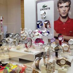 watch display store - Поиск в Google Watch Display, Visual Display, Packaging Ideas, Watches, Google, Inspiration, Schmuck, Biblical Inspiration, Wristwatches