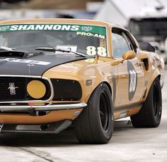 Vintage racing down under Ford Mustang 1969, Mustang Fastback, Mustang Cars, Ford Mustangs, Old Race Cars, Us Cars, Custom Muscle Cars, Custom Cars, Le Mans