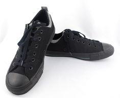 316a895aaf1 Converse Unisex Chuck Taylor Black Low Top Sneaker Size Women 9.5 Men 7.5   fashion