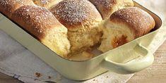 Fini's Feinstes - Rezeptsuche - Buchteln Bread, Baking, Desserts, Food, Rezepte, Souffle Dish, Play Dough, Meal, Food Food