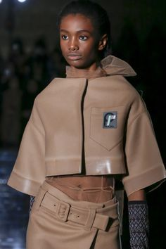 The complete Prada Fall 2018 Ready-to-Wear fashion show now on Vogue Runway.