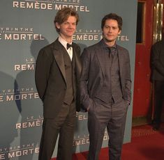 Dylan and Thomas Maze Runner Funny, Maze Runner Thomas, Maze Runner Cast, Maze Runner Movie, Maze Runner Series, Teen Wolf, Single Sein, Dylan Obrian, Dylan Thomas