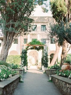 A beautiful destination wedding at Villa Eva in Ravello, Italy by 2 Brides Photography