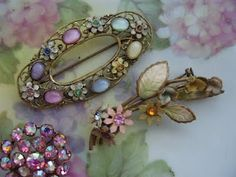 Amazing vintage jewelry from Niki, Nostalgia at the Stone House