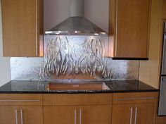 awesome glass backsplash