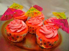 My first shot at Pink Strawberry Lemonade cupcakes :)