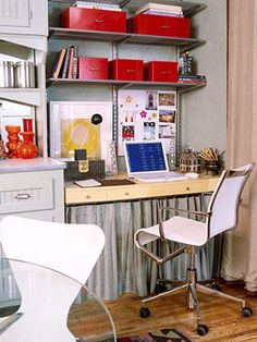 Cheap Chic: Small Space Home Office