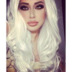 Blonde bimbo hot