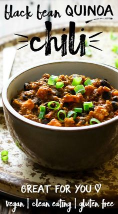 This black bean quinoa chili is comforting, healthy and FILLING! It's low fat and a great source of fiber and vitamins. The recipes makes a big batch and freezes well. Vegan, clean eating and gluten free.