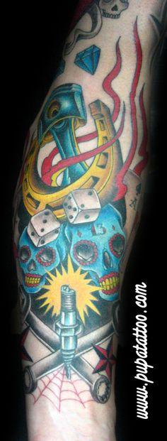 Tatuaje motero Pupa Tattoo Granada
