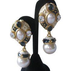 Beautiful Signed Vintage Enamel & Glass Pearls Earrings