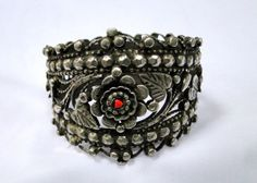 vintage antique ethnic tribal old silver cuff от TRIBALEXPORT, $699.00