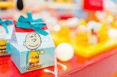 Blog maternidade Meu Dia D Mãe - Festa Menino Pedro 01 Ano - Decoração Snoopy Amarela e vermelha (7)