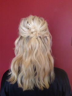 Half up half down bridesmaid Celtic knot blonde beach waves updo @shelleygregoryhair