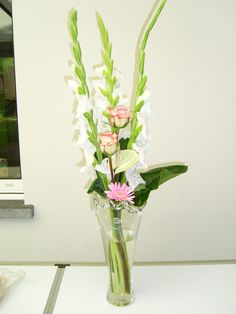 Wit roos modern boeket Glass Vase, Home Decor, Decoration Home, Room Decor, Interior Decorating