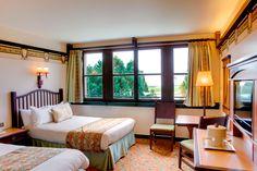 Disney Hotels, Sequoia Lodge - Standard Double Room, Disneyland Paris Disney Parks, Walt Disney, Disney Land, Disneyland Paris, Sequoia Lodge, Hotels For Kids, Disney Hotels, Double Room, Viajes