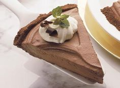 Try this Chocolate Grasshopper Pie recipe, made with HERSHEY'S products. Enjoyable baking recipes from HERSHEY'S Kitchens. Bake today.