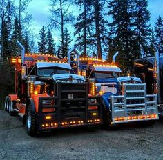 Kenworth custom W900B heavy haul light show Hello. Fast shout out to the coolest relocate company. You should auto with us. Premium Exotic Auto Enclosed Transport. We are coast to coast and local. Give us a call. 1-877-eHauler or click LGMSports.com