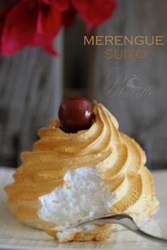 Merengue suizo Pavlova, Delicious Desserts, Dessert Recipes, Yummy Food, Snacks Für Party, Pastry Cake, Mini Cakes, Cookies, Love Food