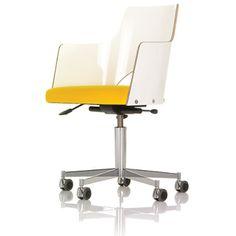 Gunilla Allard Cortina Chair