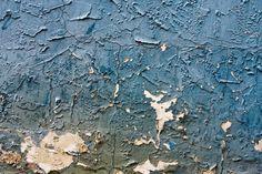 peeling/cracked paint.