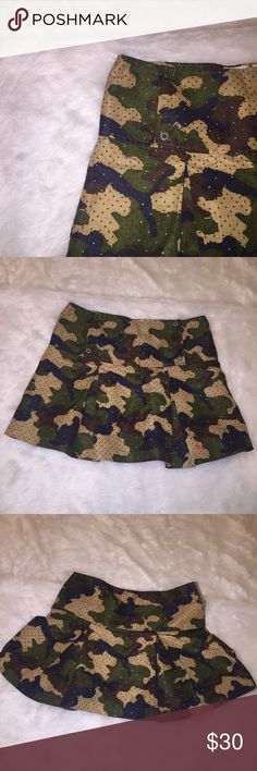 SALE [Puma] •Camo Skirt• Pleated Puma skirt with digital camo design and Pumas. Never worn, in great condition! Puma Skirts Mini