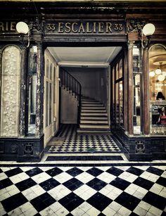 Escalier, Paris.