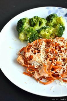 Pasta with spicy seasoning and salmon / Przyprawowo, makaron z łososiem