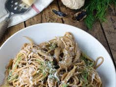 Black Garlic Pasta Recipes is One Of the Favorite Pasta Recipes Of Several People Around the World. Besides Simple to Produce and Excellent Taste, This Black Garlic Pasta Recipes Also Healthy Indeed. Wheat Pasta Recipes, Chicken Pasta Recipes, Easy Pasta Recipes, Veggie Recipes, Wine Recipes, Fennel Pasta Recipe, Garlic Pasta, Whole Wheat Spaghetti, Whole Wheat Pasta