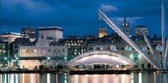Il Porto Antico di #Genova con il suo #Acquario, il #Museo del #Mare, la Città dei Bambini e non solo, è un polo culturale a tutto tondo e una grande piazza sul Mediterraneo riprogettata da Renzo Piano.